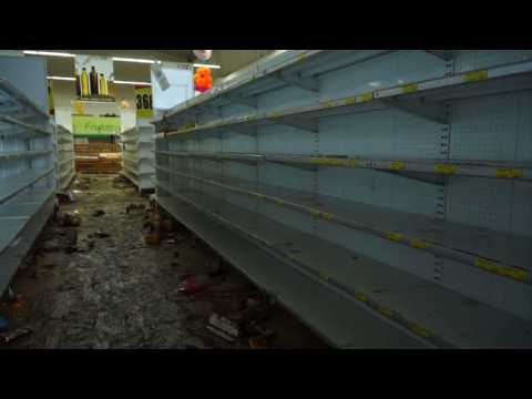 Mass looting during protests in Venezuelan state of Tachira