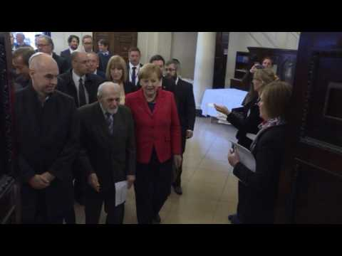 Merkel visits synagogue in Buenos Aires