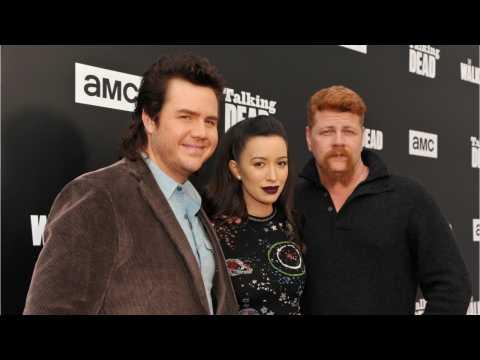 Walking Dead Star Quits Social Media After Receiving Death Threats