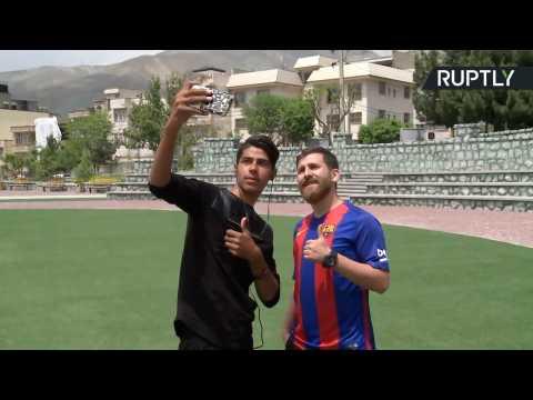 Spot-On Messi Doppelganger Has Barcelona Fans in a Frenzy
