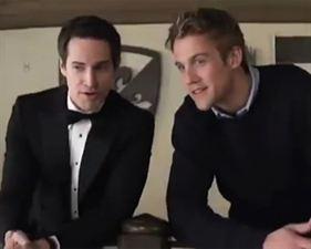 Kate & William : Quand tout a commencé... - bande annonce - VO - (2011)