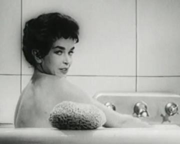 Un Roi à New York - bande annonce - VO - (1957)