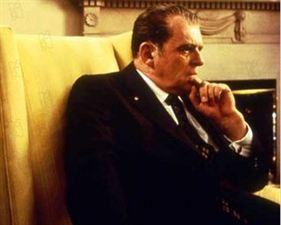 Nixon - bande annonce - VO - (1996)