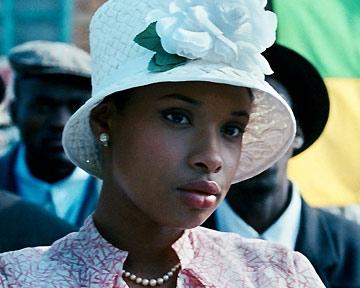 Winnie, l'autre Mandela - bande annonce - (2010)
