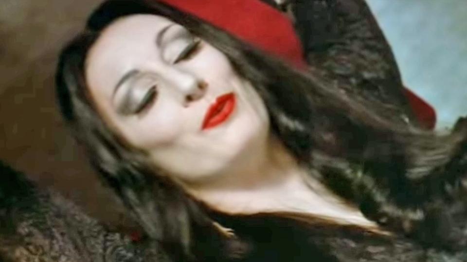 La Famille Addams - bande annonce - VO - (1992)