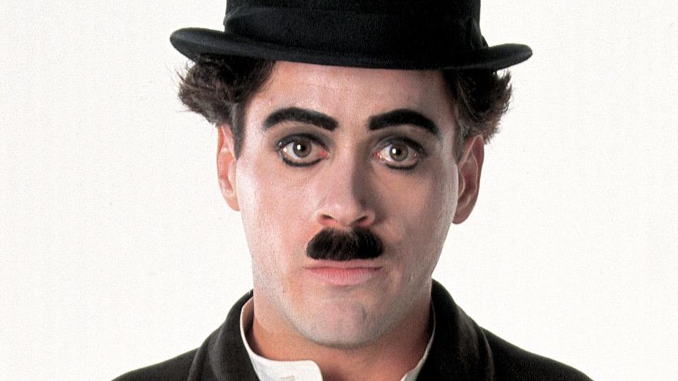 Chaplin - bande annonce - VO - (1993)