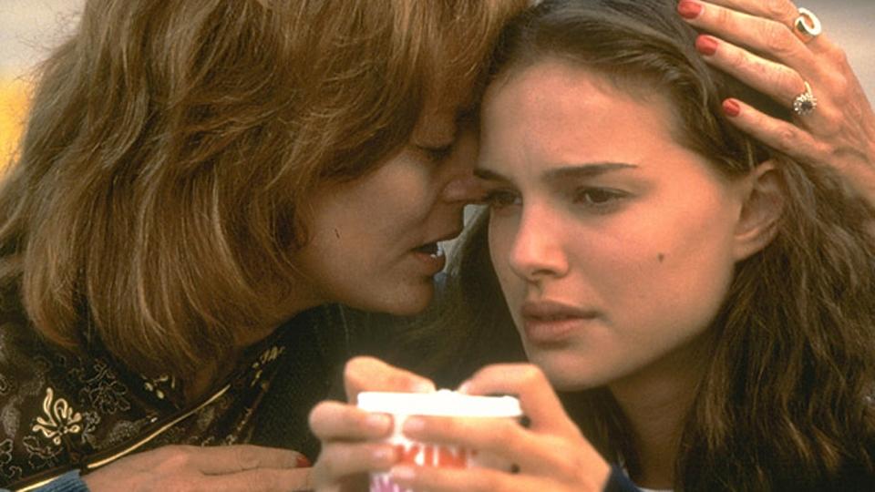 Ma mère, moi et ma mère - bande annonce - VO - (2000)
