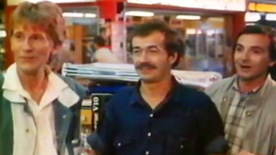 Charlots connexion - bande annonce - (1984)