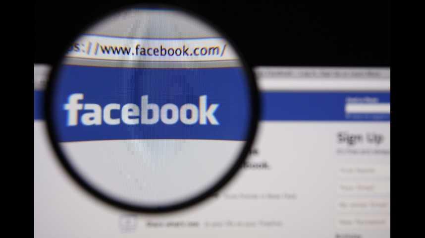 Illustration pour la vidéo Facebook lance une offensive contre les publicités politiques