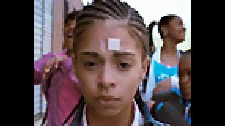 Les Enfants invisibles - bande annonce - VF - (2009)