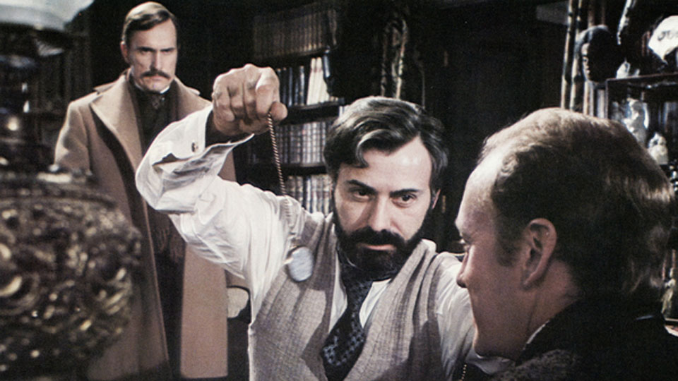 Sherlock Holmes attaque l'Orient Express - bande annonce - VO - (1976)
