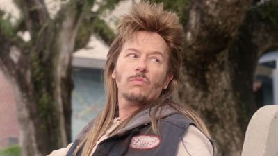 Joe Dirt 2: Beautiful Loser - bande annonce - VO - (2015)
