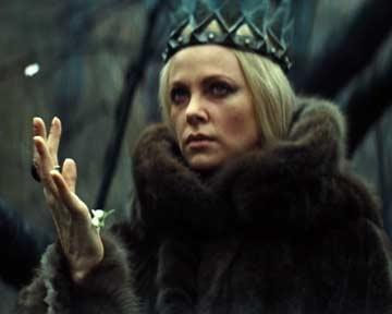 Blanche-Neige et le chasseur - teaser - VOST - (2012)