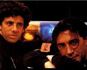L'union sacrée - bande annonce - (1989)