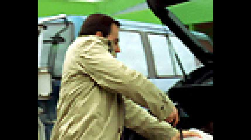 Le Couperet - Bande annonce 2 - VF - (2005)