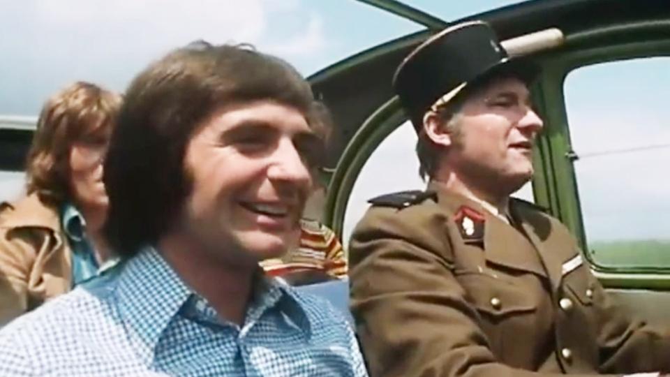 Les Fous du stade - bande annonce - (1972)