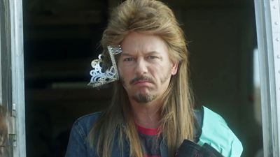 Joe Dirt 2: Beautiful Loser - teaser - VO - (2015)