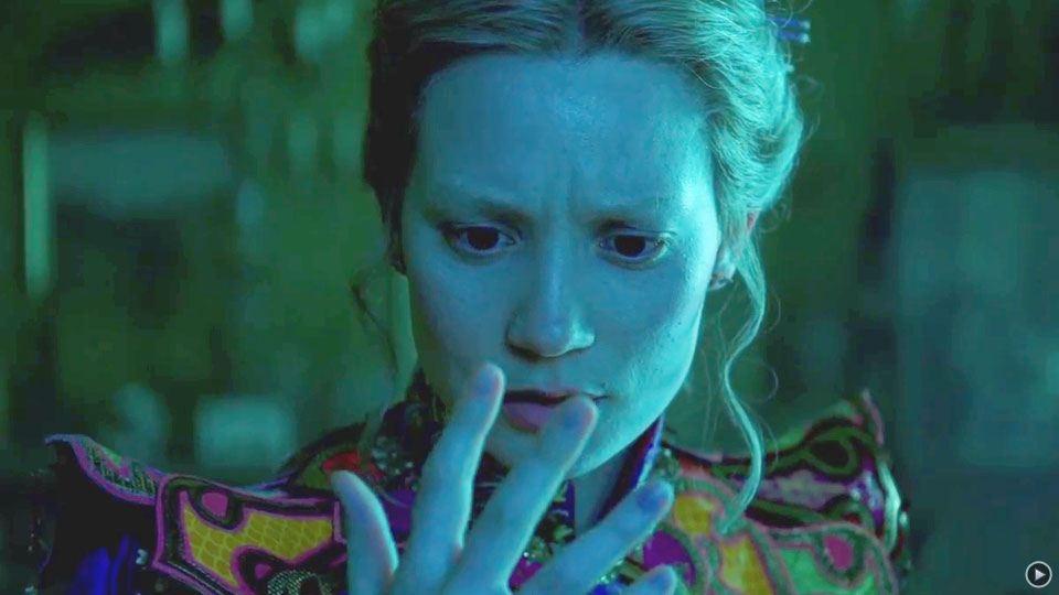 Alice de l'autre côté du miroir - bande annonce 6 - VF - (2016)