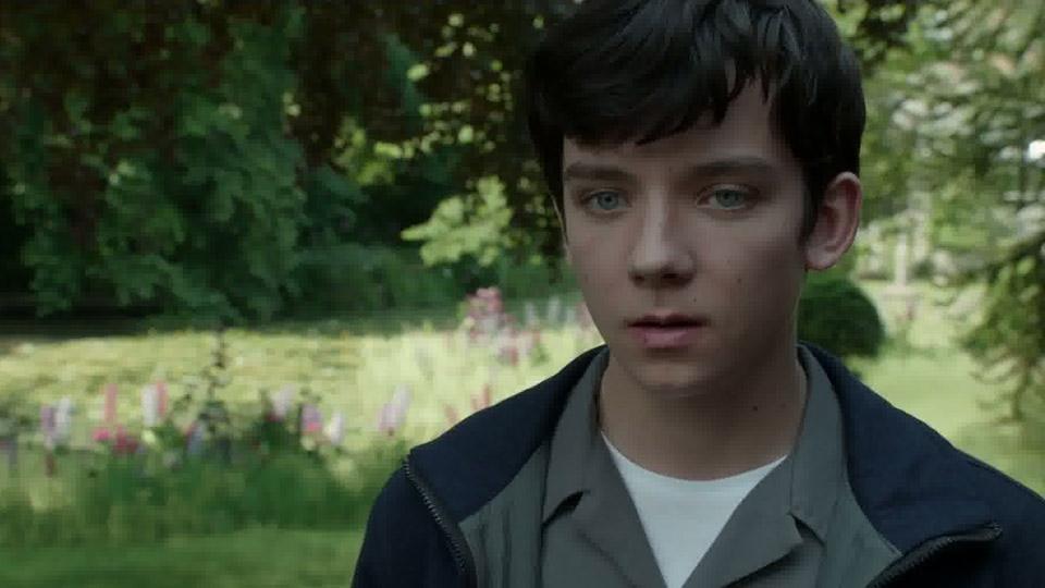 Miss Peregrine et les enfants particuliers - bande annonce 3 - VOST - (2016)