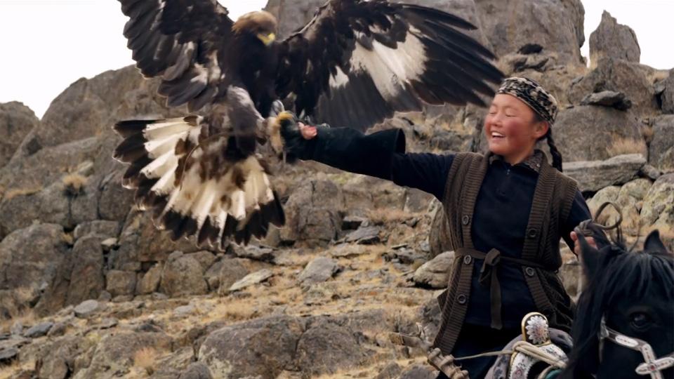 La jeune fille et son aigle - bande annonce 2 - VF - (2017)