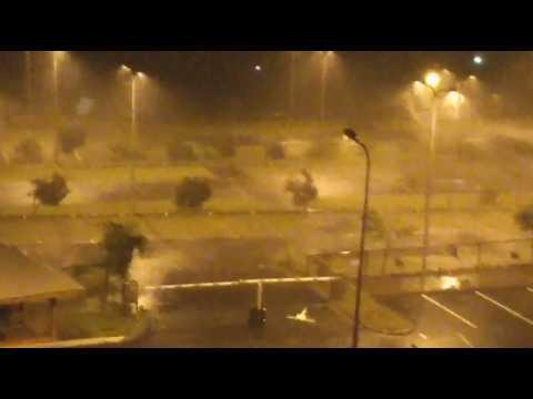 L'ouragan Maria souffle sur la Guadeloupe