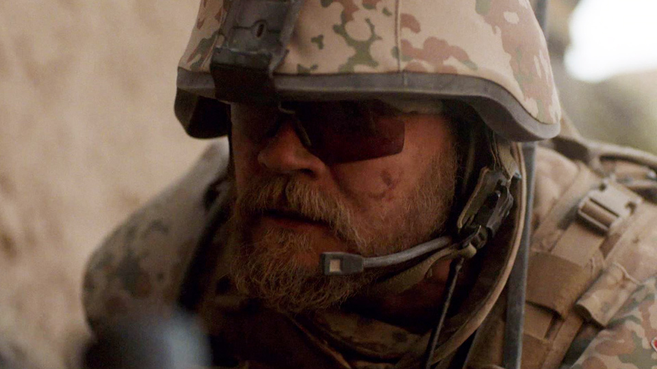 A War - Bande annonce 1 - (2015)