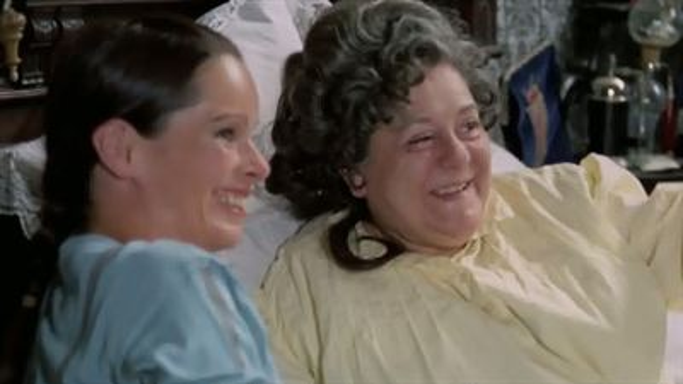 Maman a cent ans - bande annonce - VOST - (1979)