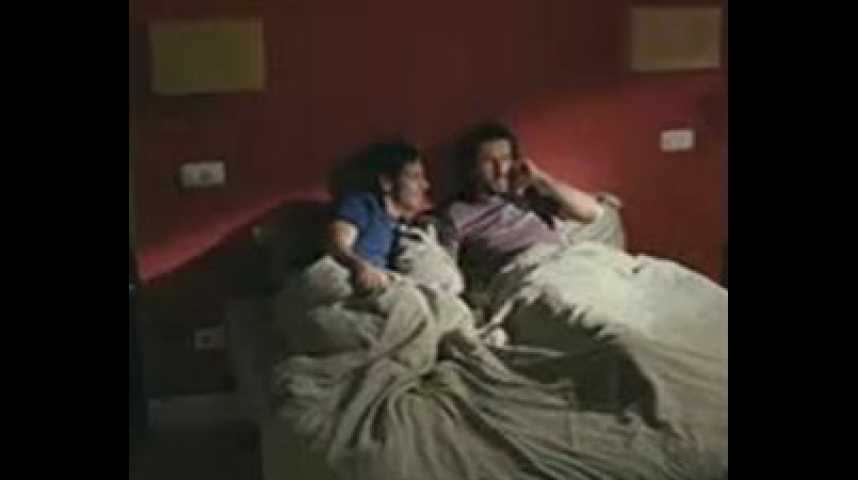 Queen Size Bed - bande annonce - VO - (2007)