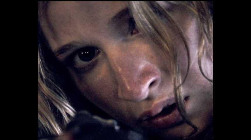 Le Village des ombres - Teaser 2 - VF - (2010)