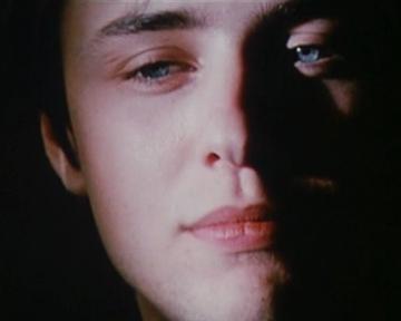 Sous le silence - bande annonce 2 - VF - (2002)