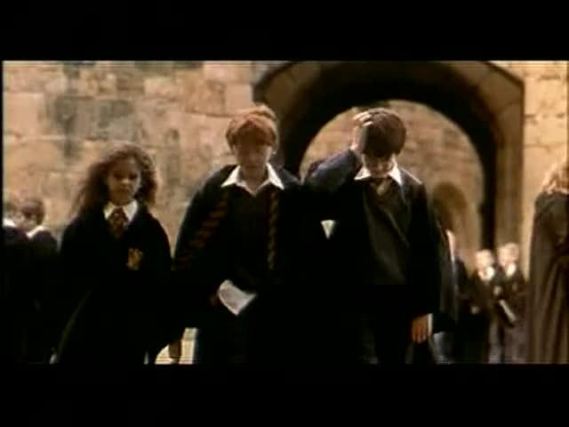Harry Potter à l'école des sorciers - bande annonce - VF - (2001)