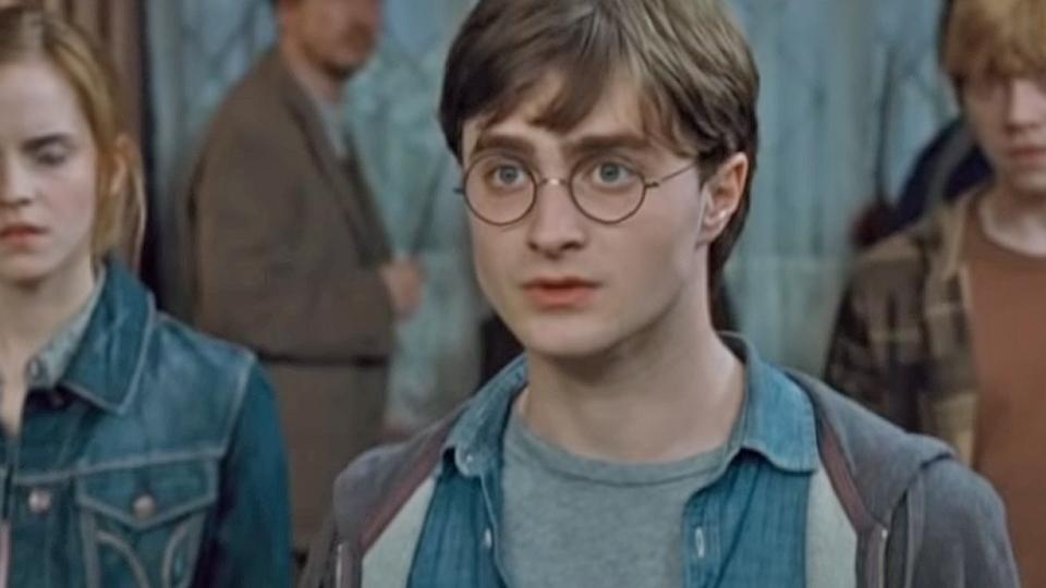 Harry Potter et les reliques de la mort - partie 1 - bande annonce 3 - VOST - (2010)