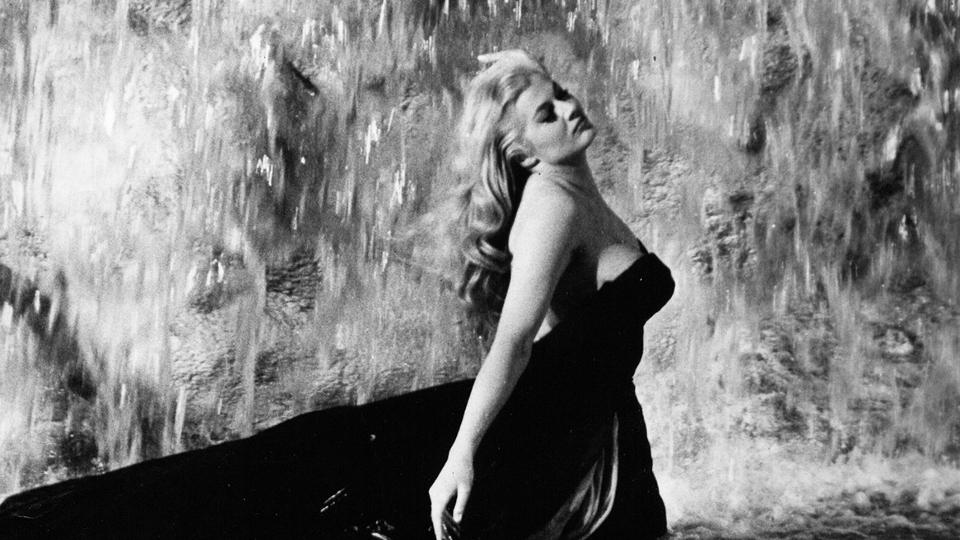 La Dolce Vita - bande annonce - VOST - (1960)