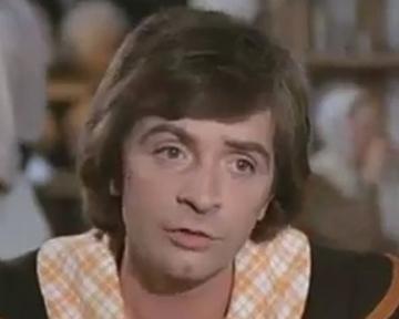 Les Quatre Charlots mousquetaires - bande annonce - (1974)