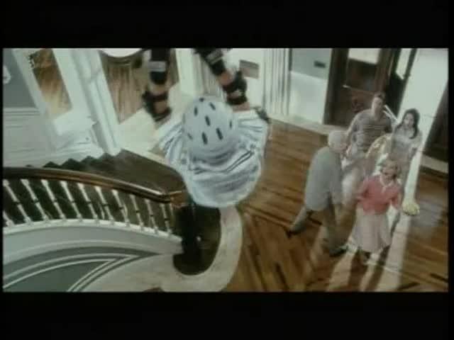 Treize à la douzaine - bande annonce 2 - VF - (2004)