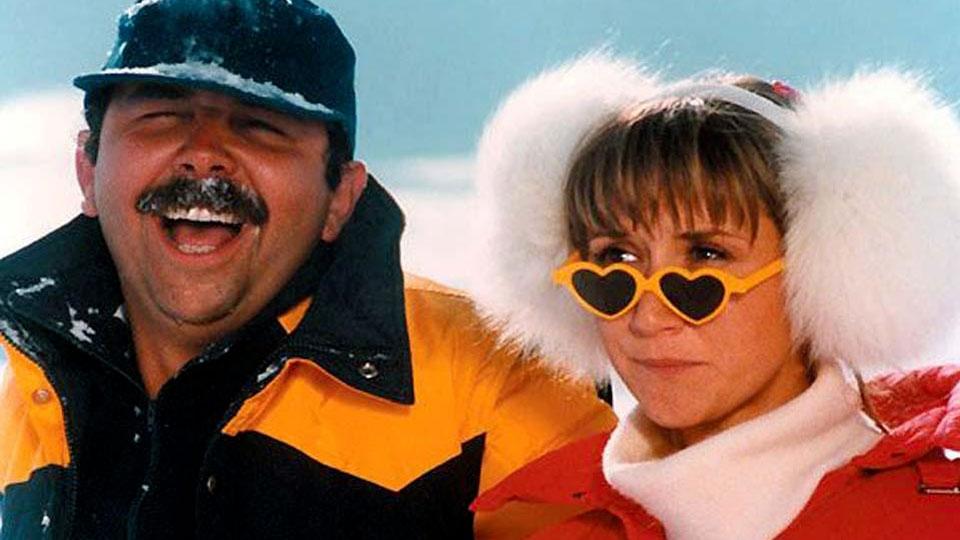 Les Bronzés font du ski - bande annonce - (1979)