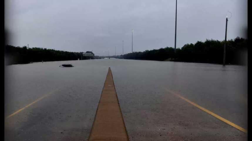 Illustration pour la vidéo Le Texas menacé d'inondations après l'ouragan Harvey