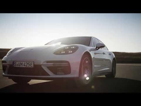 Porsche Panamera Turbo S E-Hybrid Sport Turismo Digital Press Conference