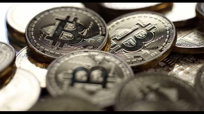Illustration pour la vidéo Une plateforme de minage de bitcoins piratée, butin de 64 millions de dollars