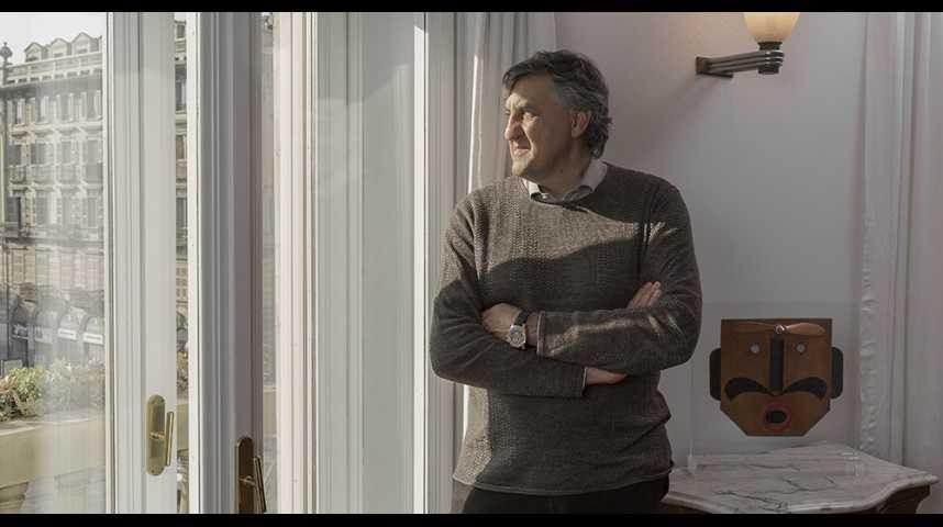 Illustration pour la vidéo Stefano Buono, étendard de la nouvelle médecine française