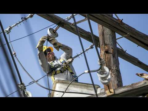Fluor Gets $831 Million Contract to Rebuild Puerto Rico Power Grid