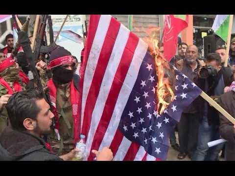 Drapeau américain brûlé à Gaza après que Trump est reconnu Jérusalem comme capitale d'Israël