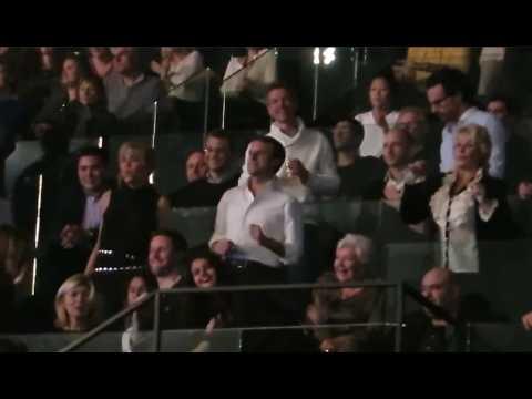 Quand Emmanuel et Brigitte Macron dansaient à un concert de Johnny Hallyday