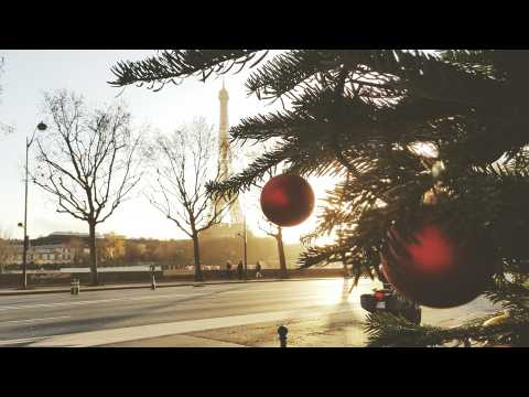 Proof That Paris is Breathtaking During Christmas