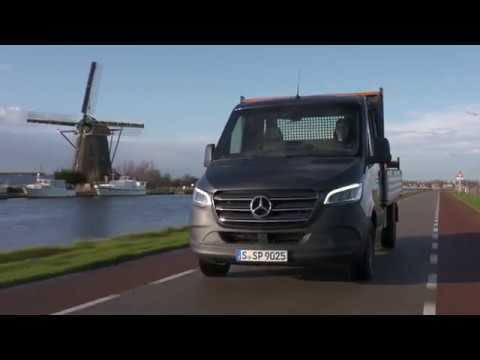 Mercedes-Benz Sprinter 316 CDI Pickup - Tenorite grey metallic Driving Video