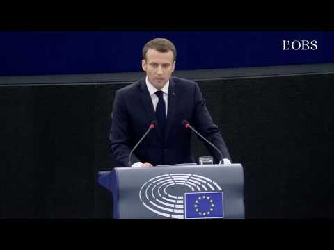 """Macron pour une Europe """"réinventée"""" : """"Je ne veux pas être de la génération des somnambules"""""""