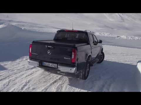 Mercedes-Benz X 350d 4MATIC Driving Video in blue - Driving Event Hochgurgl 2018
