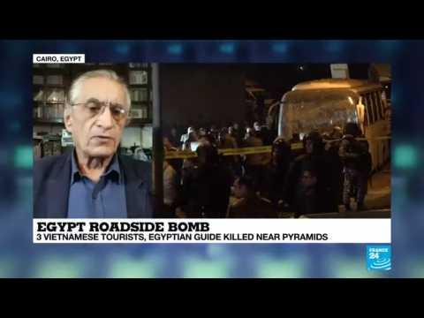 Bomb strikes tourist bus near Egypt's Giza Pyramids