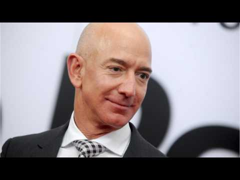 Jeff Bezos Accuses National Enquirer Of Extortion Over Nude Photos