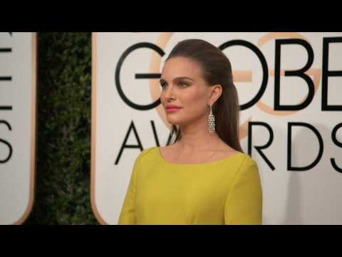 Natalie Portman sees Jessica Simpson as her ally